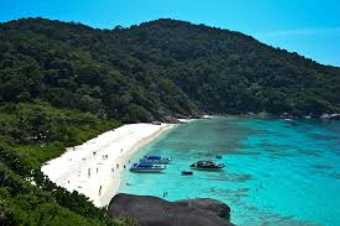 Similan Islands by speed boat ( Sea Star )