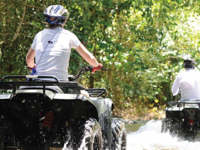 ทริปล่องแก่ง 5 กิโลเมตร + ขับรถ 30 นาที + เดินป่าชมน้ำตก + ฟลายอิ้งฟ๊อกซ์ + ถ้ำลิง + อาหารเที่ยง