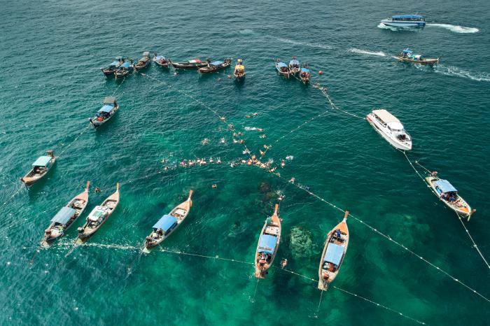 เที่ยวเกาะหลีเป๊ะ ดำน้ำโซนในและนอก 7 เกาะ โดย เรือหางยาว