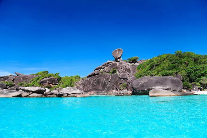 ทัวร์เกาะสิมิลันกับเลิฟอันดามัน โดยเรือสปีดโบ๊ท (เดินทางจากเขาหลัก)