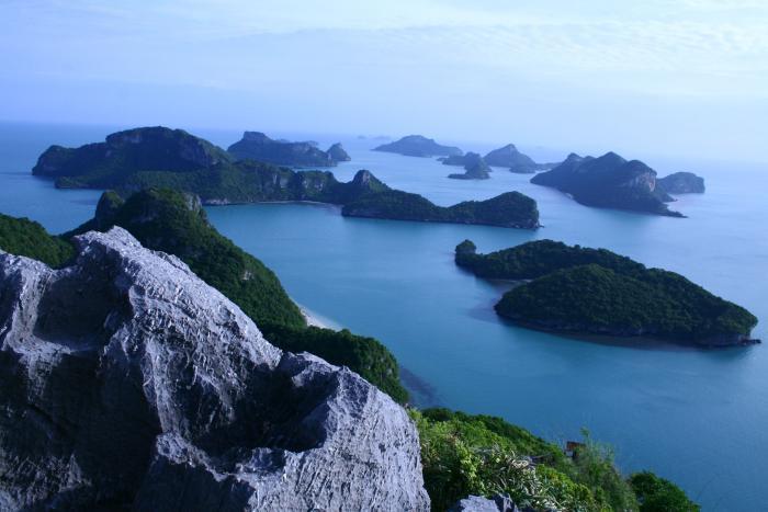 ทัวร์หมู่เกาะอ่างทอง  โดยเรือใหญ่