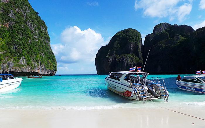 เที่ยวเกาะพีพี + เกาะไม้ไผ่ โดยเรือสปีดโบ๊ท เดินทางจากกระบี่ (อ่าวนางทราเวล)